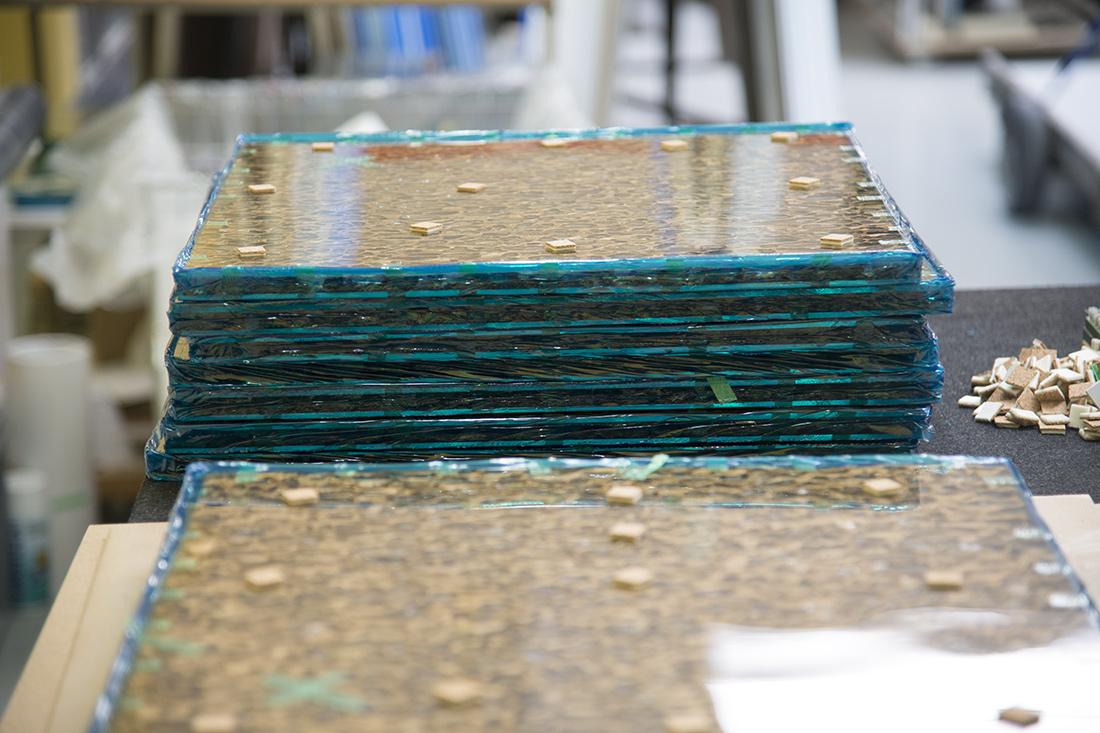 Gestapelte Glasscheiben nach dem verschweissen