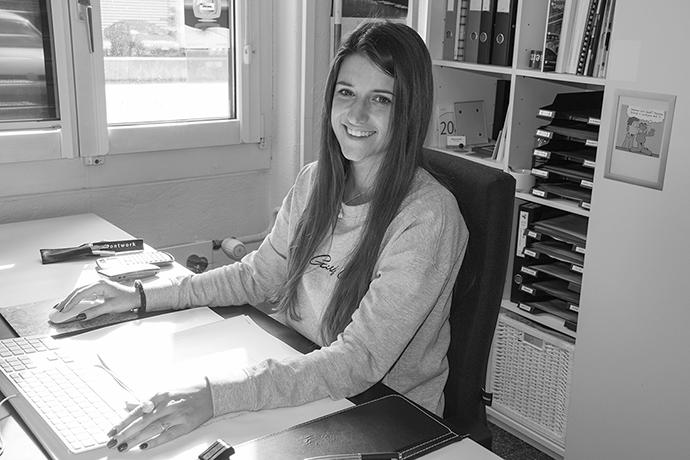 Daiana Bushati (29): Die Sprachbegeisterte