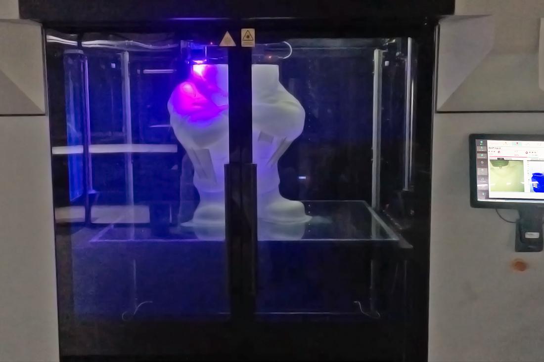 XXL 3D Drucker in Arbeit.